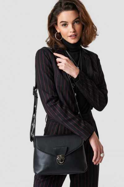 Emilie Briting x NA-KD Crossover Eyelet Bag - Black