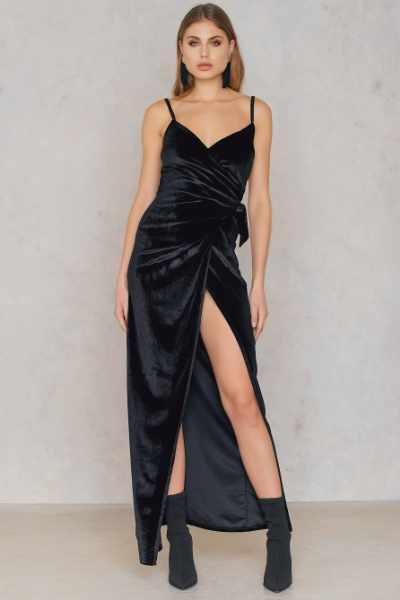 04488da5c4 Boohoo Aksamitna sukienka maxi - Black