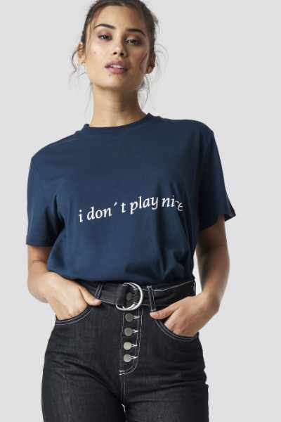 Chloé B x NA-KD I Don't Play Nice Tee - Blue