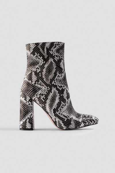 Raid Meadow Ankle Boot - White