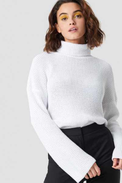 Emilie Briting x NA-KD Dropped Shoulder Polo Knit - White