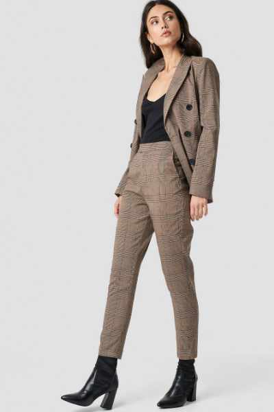 NA-KD Classic Creased Checkered Suit Pants - Brown